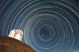 320px-Star_trails_over_the_ESO_3.6-metre_telescope